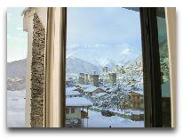 отель Svanetiya: Вид из окна зимой
