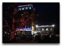 отель Tebriz: Ночной вид отеля