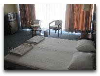 отель Tebriz: Спальня номера Люкс