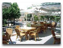отель Taj Palace Hotel: Кафе Версаль