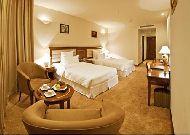 отель Tan Son Nhat Saigon Hotel: Deluxe room