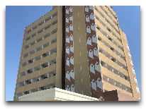 отель Tashkent: Фасад отеля
