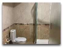 отель Tashkent: Ванная комната