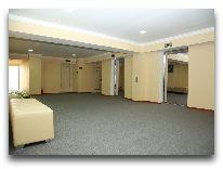 отель Tashkent: Холл на этажах
