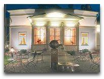 отель TB Palace: Фасад отеля.