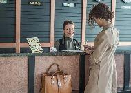 отель Tbilisi Inn: Ресепшен