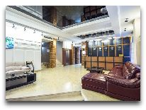 отель Tbilisi Inn: Холл