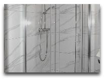 отель Чайковский: Двухместный номер - ванная