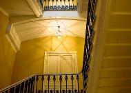 отель Telegraaf: Лестница