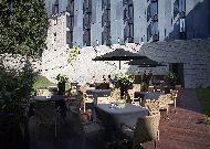 отель Telegraaf: Терраса во дворе отеля