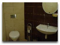 отель Tenisas: Ванная комната