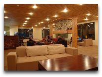 отель Tetnuldi Hotel: Лоби отеля