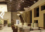 отель The Cliff Resort & Residences: Лобби