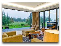 отель The Ocean Villas: Гостиная и терраса
