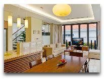 отель The Ocean Villas: Кухня и гостиная