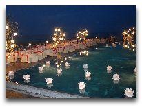 отель The Ocean Villas: Праздничный ужин возле бассейна