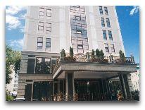 отель The Plaza Hotel Bishkek: Фасад отеля