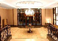 отель Tiflis Palace: Вход в холл