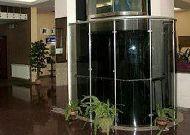 отель Tori Hotel: Лифт в холле