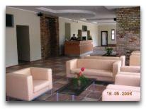 отель Toss Hotel Riga: Ресепшен