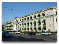 отель Turkmenistan Hotel: Фасад