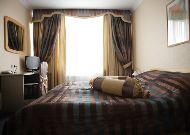 отель Юбилейный: Спальня улучшенного номера Люкс