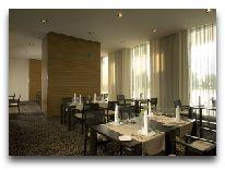 отель Ulemiste Hotel: Ресторан