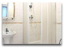 отель Универсал: Ванная комната