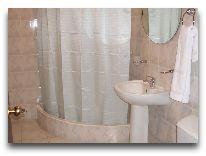 отель University: Ванная