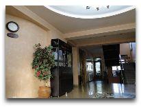 отель Victoria: Холл