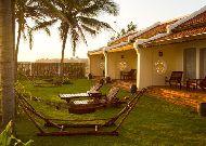 отель Victoria Hoi An Beach Resort & Spa Hotel: Территория отеля