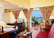 отель Victoria Phan Thiet Resort & Spa: Beach Front Bungalow