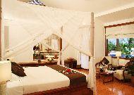 отель Victoria Phan Thiet Resort & Spa: Pool villa - спальня