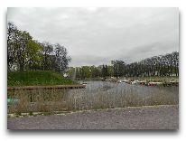 отель Viiking: Замковый ров