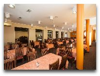 отель Viiking: Ресторан