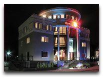 отель Вилла «Гламур»: Отель вечером