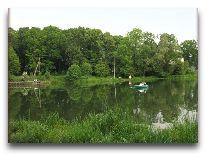 отель Вилла «Гламур»: Вид на озеро с террасы