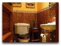 отель Villa Mary: Туалетная комната на 1 этаже
