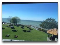 отель Villa Mary: Вид из номера Белый Superior