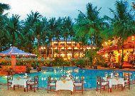 отель Vinh Suong Seaside Resort: Бар у бассейна