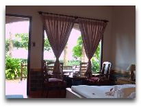 отель Vinh Suong Seaside Resort: OceanView Villa