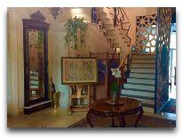 отель Vinotel: Холл отеля