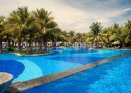 отель Vinpearl Luxury Nha Trang Resort: Бассейн