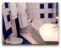 отель Волна: Ванна двухуровнего номера