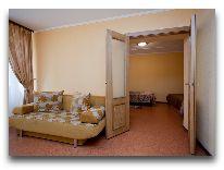 отель Высокий Берег: Корпус 1 трехместный номер