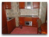 отель Watanchy: Мини кухня номера супер люкс