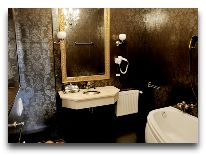 отель Weekend Boutique Hotel: Ванная комната