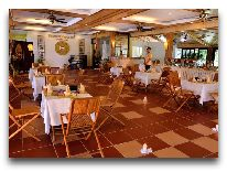 отель White Sand Doclet Beach Resort & Spa: Ресторан