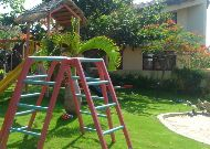 отель White Sands Resort: Детская площадка