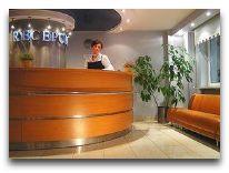 отель Wilanów by de Silva Hotel: Ресепшен